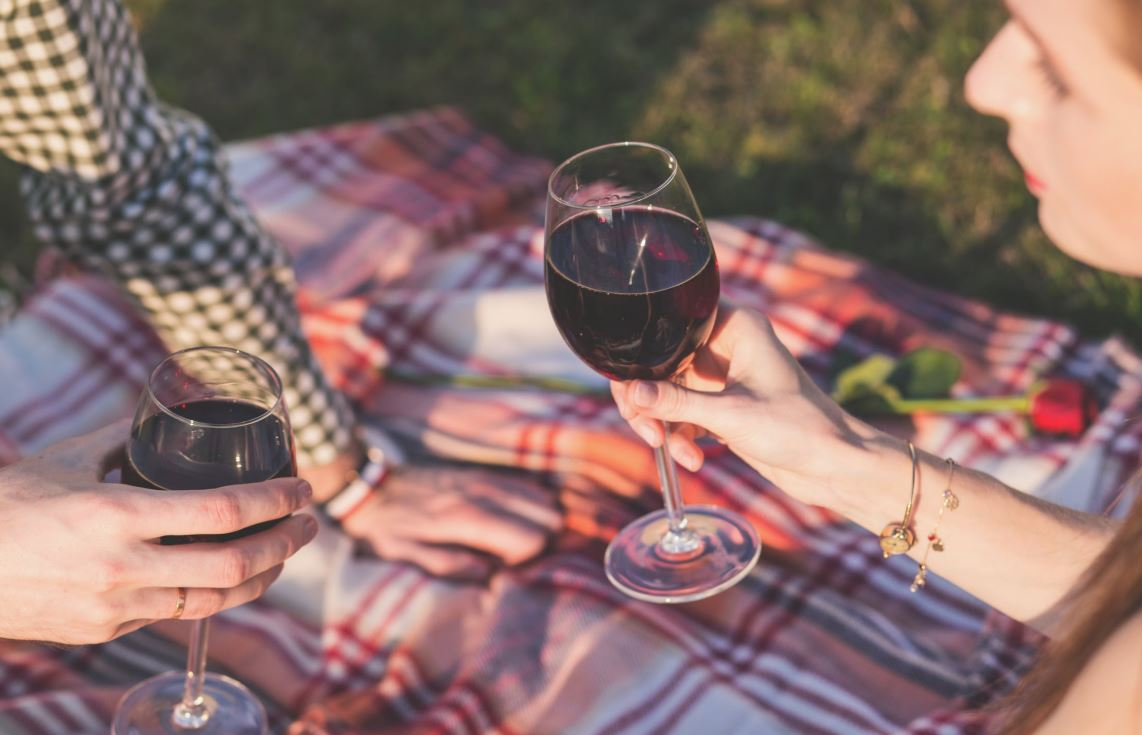 Drinking Red Wine For Your Health – Is it Good or Bad?